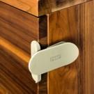 REER DesignLine stūra slēdzis durtiņām un atvilktnēm, 2 gab., taupe krāsā (78017)
